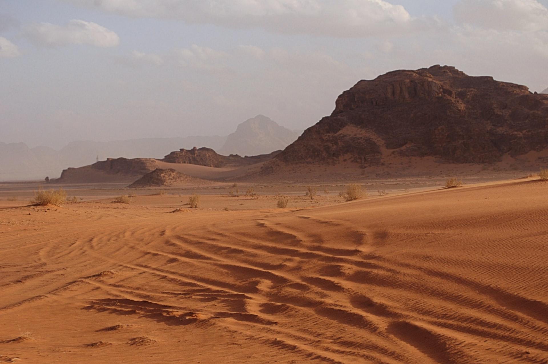砂漠化の原因とは
