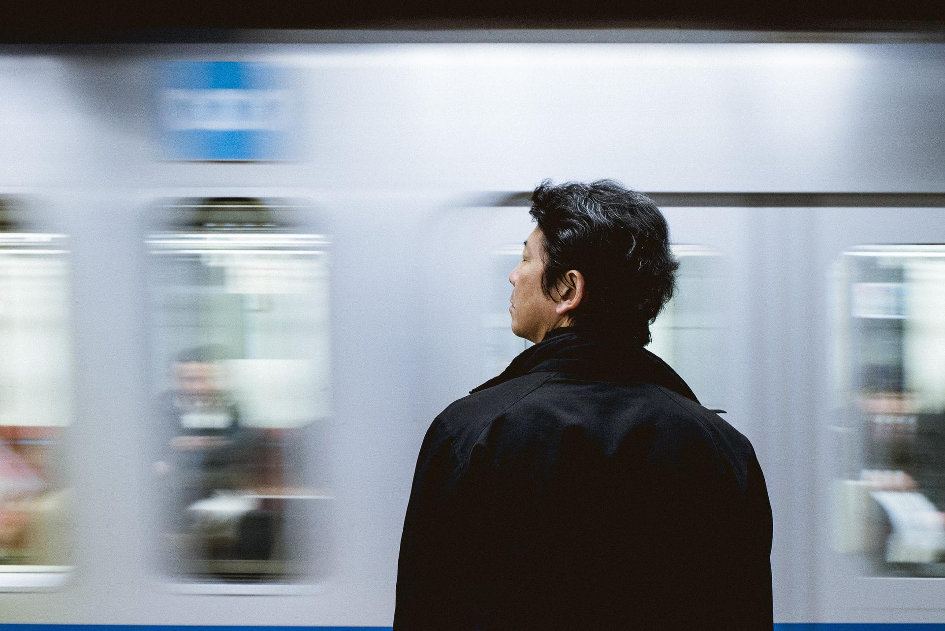 日本の経済格差の原因