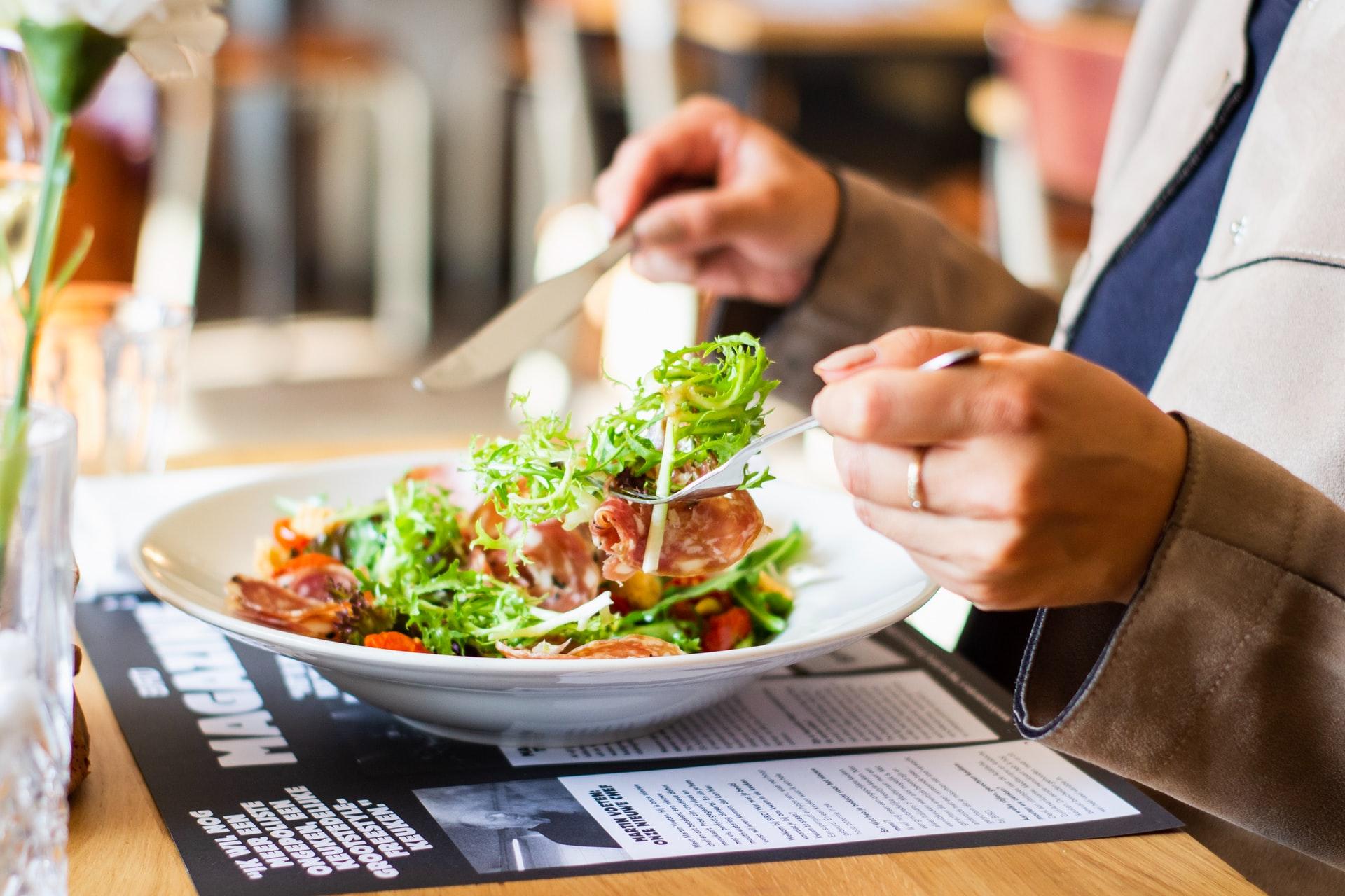 栄養バランスのとれた食事を心掛ける