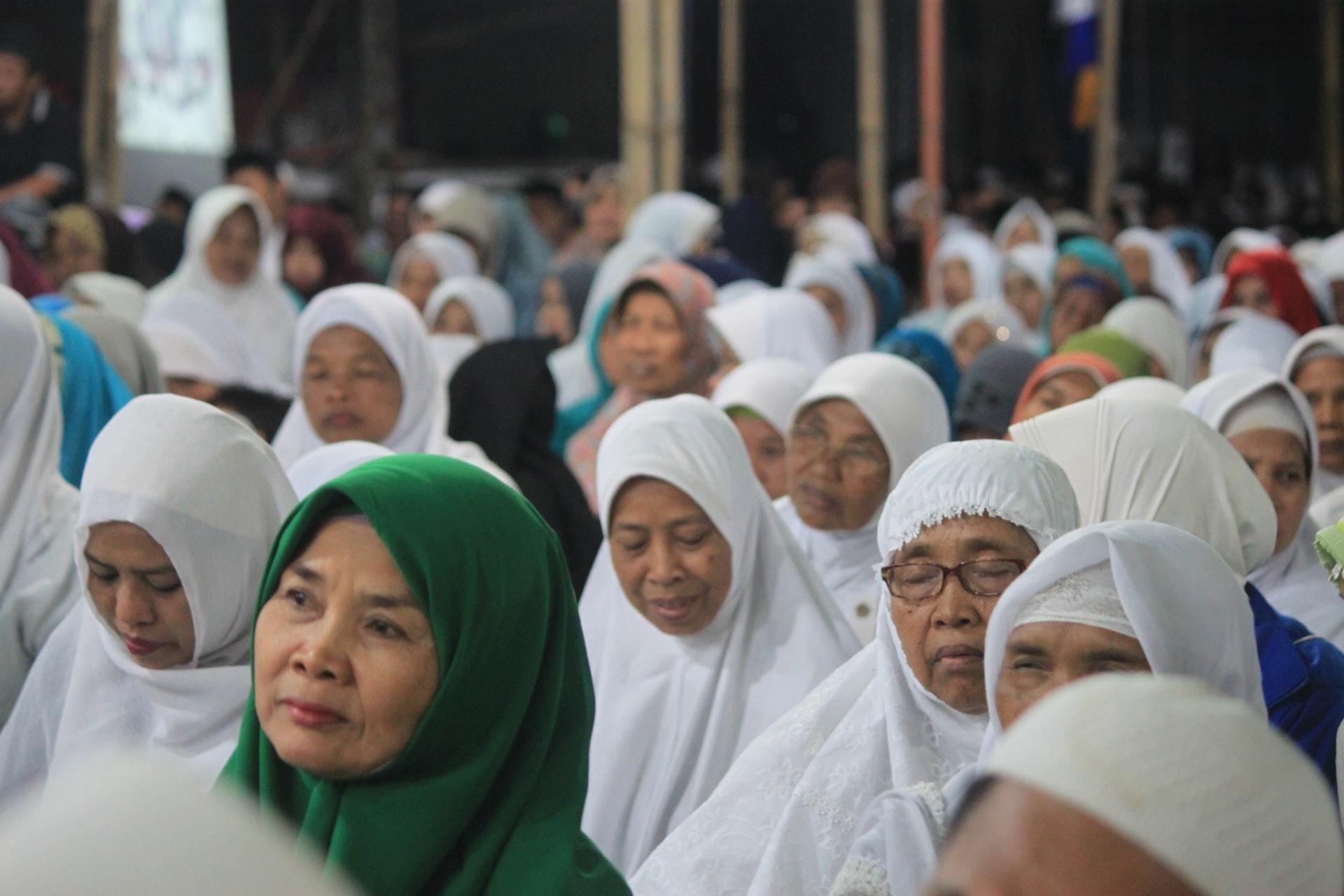 文化や宗教が絡み合うイスラム女性差別と人権問題