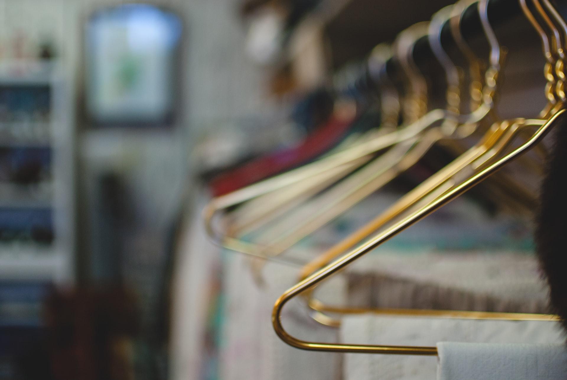 「フェアトレードファッション」とは適正な価格で取引された衣料品のこと